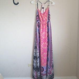 Boho maxi dress Bebe size small